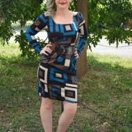 Rochie casual, cu un design geometric, in nuanta albastra