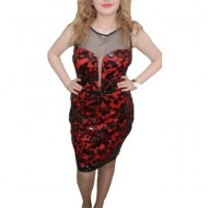 Rochie chic, nuante de negru-rosu, design interesant de paiete