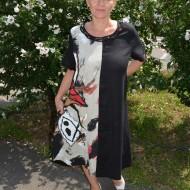 Rochie comoda de culoarea neagra cu design abstract