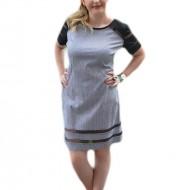 Rochie de vara cu design de dungi negru-alb si insertii de plasa