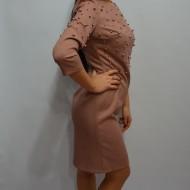 Rochie moderna cu aplicatii de perle fashion, culoare plamanie