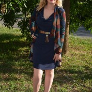 Rochie rafinata de toamna-iarna, bleumarin, cu insertie tip cardigan