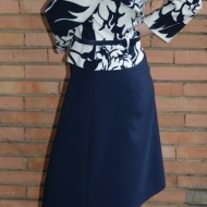 Rochie rafinata tip costum cu peplum, bleumarin combinat cu alb