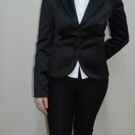 Sacou elegant si rafinat, nuanta de negru, maneci lungi