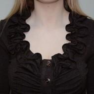 Bluza in nuanta de maro, material usor elasitc, nasturi