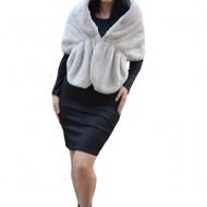 Bolero Samira din blana sintetica,model tip capa ,nuanat de nisipiu
