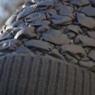 Caciula Senny calduroasa ,model matlasat lucios,nuanta de gri