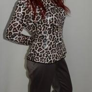 Pantalon de birou, de culoare nisipie, design ondulat chic