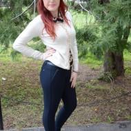 Pantalon de toamna-iarna, nuanta de bleumarin, design trendy