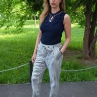 Pantaloni Suzi ,moodel de dungi,nuanat alb-negru