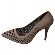 Pantof fashion, nuanta de crem, design interesant aplicat
