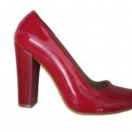 Pantof lucios, de culoare rosie, model simplist pentru tinute de zi