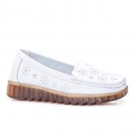 Pantofi perforati cu model si talpa deosebita,alb