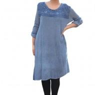 Rochie casual Leylla din tricot cu insertii de broderie ,nuanta de albastru