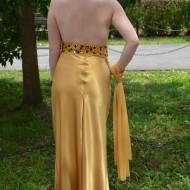 Rochie de seara lunga intrasneata, cu spatele gol