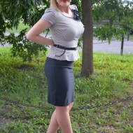 Rochie eleganta tip costum in nuanta de negru cu alb