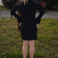 Rochie rafinata de culoare neagra cu dantela si insertii de volane