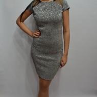 Rochie tinereasca in nuanta de argintiu, model cambrat cu paiete