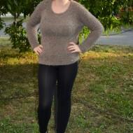Bluza moderna, tricotata, cu insertie de voal in spate, nuanta kaki