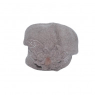 Caciula Suzane accesorizata cu petale 3d si insertii de strasuri,nuanta de nisipiu