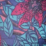 Esarfa fina, rafinata, de culoare bleumarin, cu imprimeu de flori