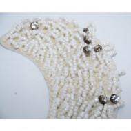 Guler din dantela, cristale si perle de culoare
