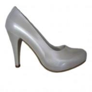 Pantof de culoarea perlei sidefate, cu toc inalt si platforma
