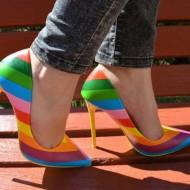 Pantof fashion tip stiletto cu design multicolor, toc inalt de 10,5 cm