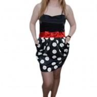 Rochie cu fundita aplicata, nuanta de negru-alb, bretele chic