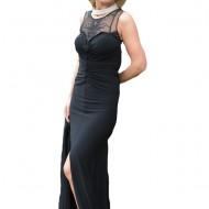 Rochie lunga, neagra, cu aplicatii de tul brodat si fronseuri
