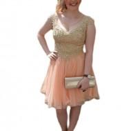 Rochie tinereasca model trendy, din tul de culoarea piersicii