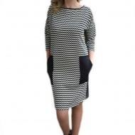 Rochie trendy negru-alb, croita lejer si prevazuta cu buzunare