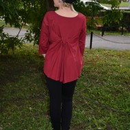 Bluza marsala cu maneca trei-sferturi si cu aspect usor evazat