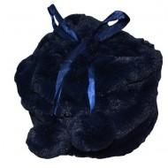Caciula trendy cu pompoane, realizata din blanita bleumarin