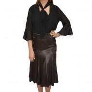 Fusta eleganta, in clos, material lucios, de culoare neagra, maro