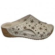 Papuc de vara cu aspect deosebit, bej cu design floral maro