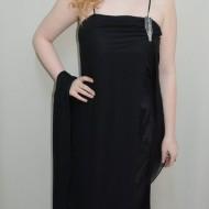 Rochie de gala neagra, din saten si voal, cu bretele subtiri si brosa