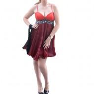 Rochie de gala scurta, din saten rosu cu tul negru asezat peste