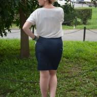 Rochie de saten si voal, culori alb-bleumarin si rosu-bleumarin