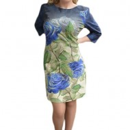 Rochie deosebita cu imprimeu floral bleumarin pe fond verde