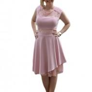 Rochie rafinata cu insertii de dantela si croiala in clos, nuanta roz