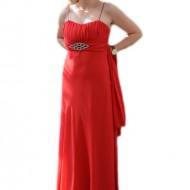 Rochie rafinata lunga, model simplu si de efect, pe culoare rosie
