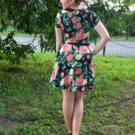 Rochie tinerasca, cu imprimeu floral minunat