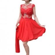 Rochie trendy de seara, nuanta rosie cu broderie florala aurie
