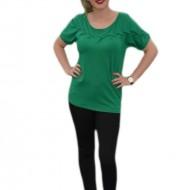 Tricouri casual, design deosebit in zona bustului, verzi
