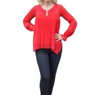Bluza eleganta cu voal plisat in fata si maneca lunga, nuanta rosie