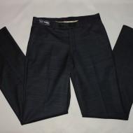 Pantalon barbati cu dungi subtiri in tesatura, de nuanta gri inchis
