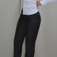 Pantalon de culoare gri, model lung cu design de buzunare