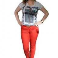 Pantalon fashion de culoare rosie, talie medie, decor de cristale