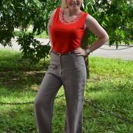 Pantalon lung cu croi lejer, confectionat din bumbac, nuanta maro